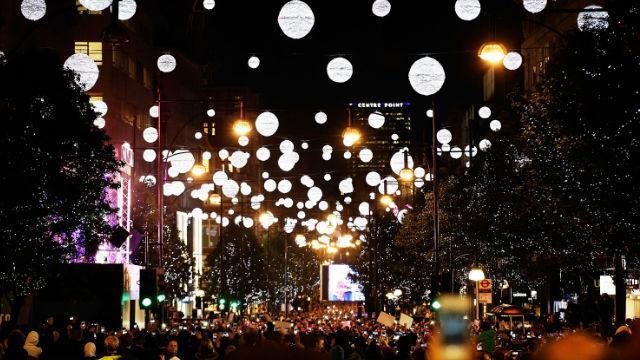 oxford-street-christmas-lights-switch-on-3d8cbb0789d19869f91a061e1df6a0f2
